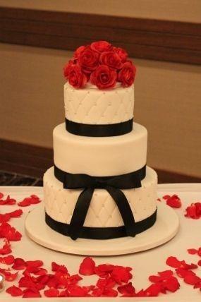 Tmx 1457546149210 900x900px Ll C4aa79ce1 Jenks wedding cake