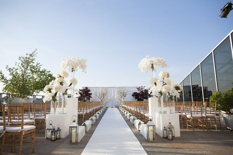 Tribeca rooftop venue new york ny weddingwire for Outdoor wedding venues ny