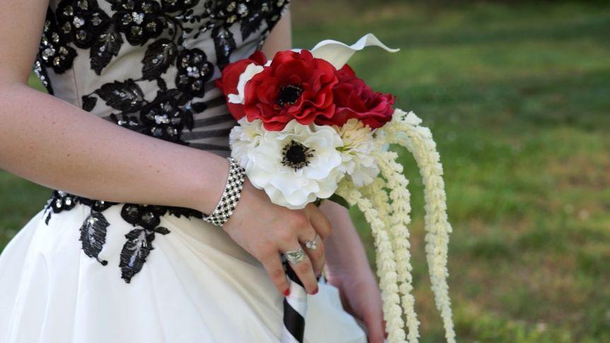labriola dews wedding boquet