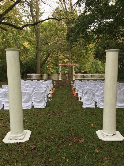 Englewood ceremony setting