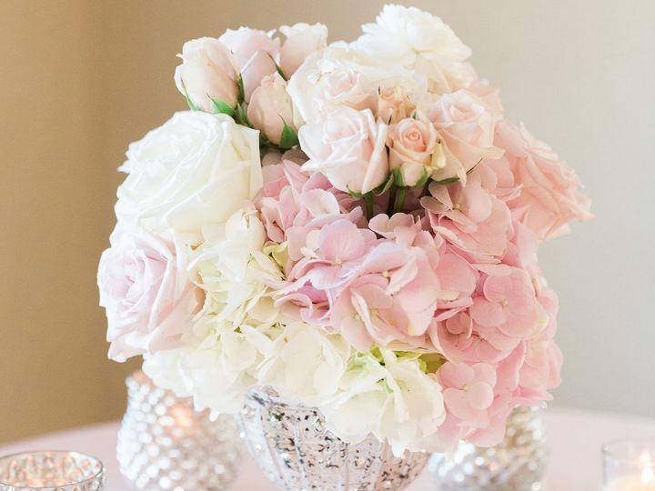 Tmx 1517964187 E6d87e5b2bfbdcbc 1517964186 Abe45f782eb711db 1517964184615 8 NICOLE MIKEWEDDING Saint Petersburg, FL wedding florist