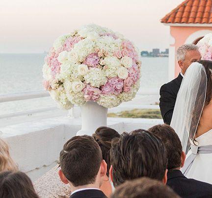 Tmx 1517967631 8c5eb530c697aa4d 1517967630 A81ee15984cc0b30 1517967629919 1 NICOLE MIKEWEDDING Saint Petersburg, FL wedding florist