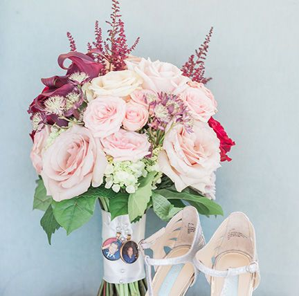 Tmx 1517967751 866821ee28bc13a8 1517967750 C7a1d217f3680971 1517967750166 3 GINA STEVENWEDDING Saint Petersburg, FL wedding florist
