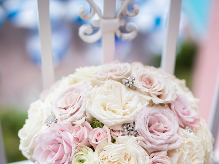 Tmx 1518034461 Ae6f5d3b1d666f88 1518034458 Bf3be8dfb652170a 1518034420890 11 Ramshaw Butts Mor Saint Petersburg, FL wedding florist