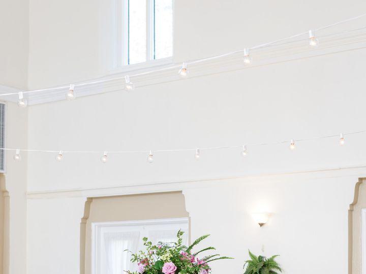 Tmx 1518039993 26084735f76b9ce7 1518039989 4eb8159761b42131 1518039958740 11 ToussaintWeddingH Saint Petersburg, FL wedding florist