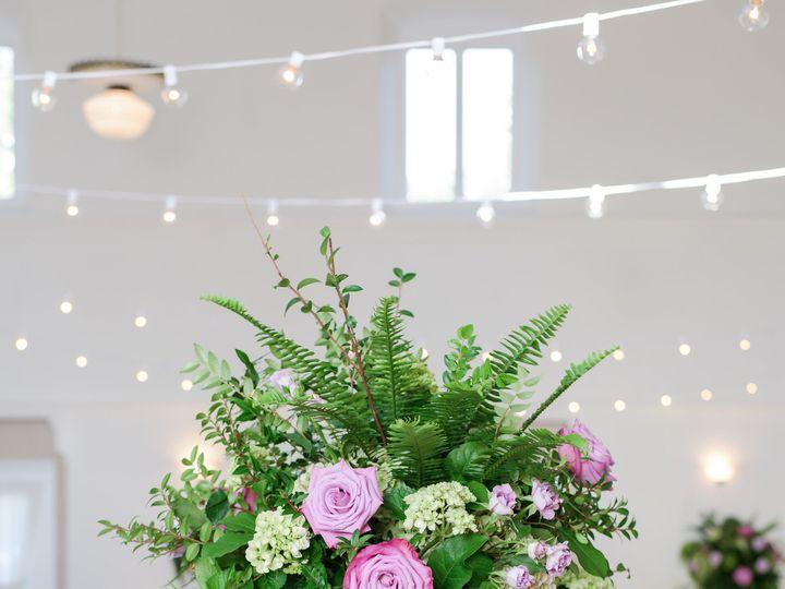 Tmx 1518040180 3864f583dbec13d8 1518040178 3342cae12d7c7a1e 1518040177131 20 ToussaintWedding  Saint Petersburg, FL wedding florist