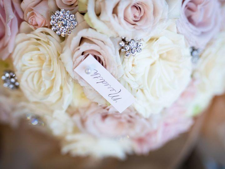 Tmx 1521789523 3a9b4ce4616eb128 1518034733 60723f2d59fc9fc9 1518034730 E5d70726505c0d99 151803 Saint Petersburg, FL wedding florist