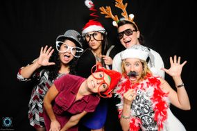 Pixel Perfect Photo Booths