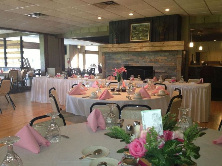 Tmx 1489070488229 Watertown Country Club Recept 101 1 Watertown, Wisconsin wedding venue