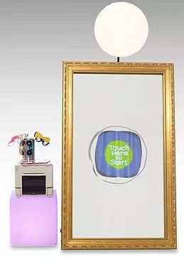 mirror booth1