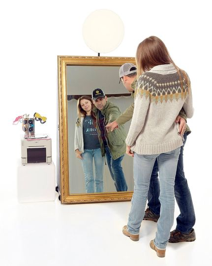 mirror booth2