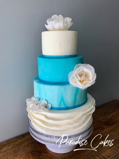 Gorgeous teal accents