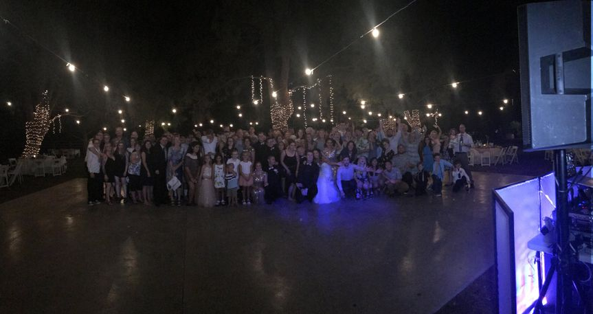 Group photo with all the wedding guests