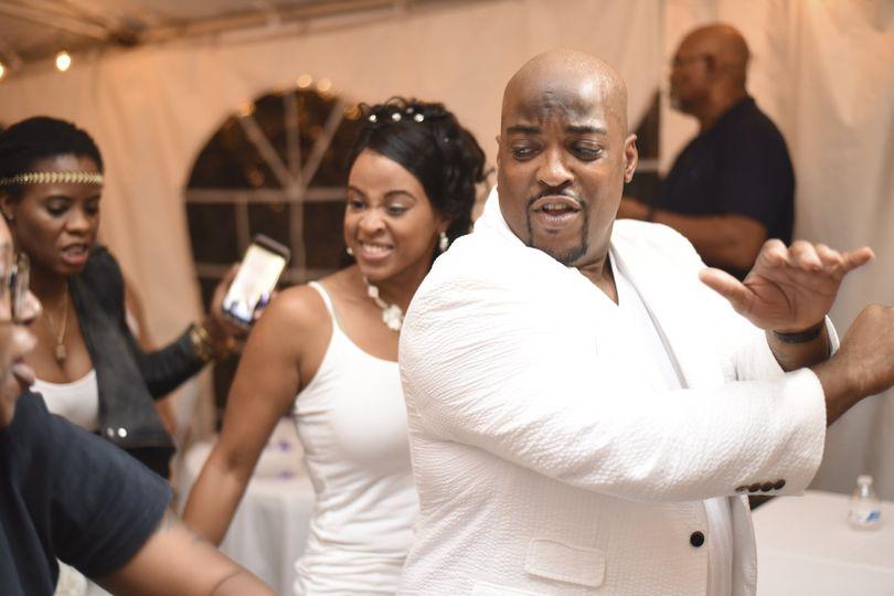sean maria wedding dancing1 51 1013353