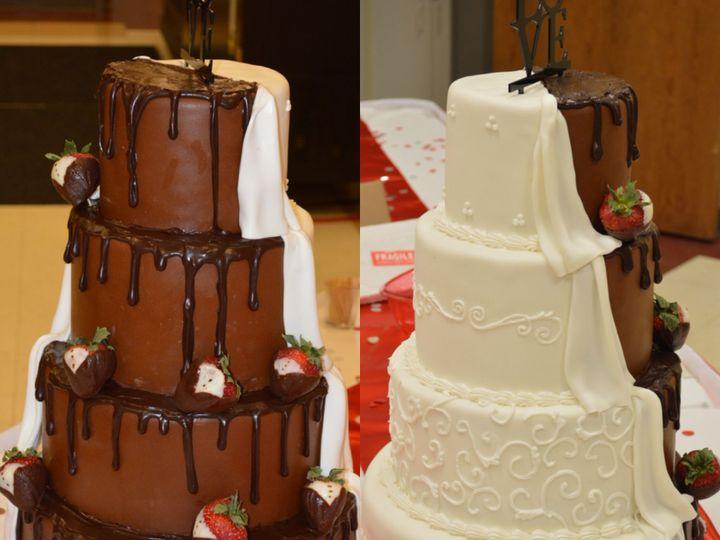 Tmx 1515944581 2a2a96c7520cf80a 1515944579 C9fc5dd83b1852bf 1515944577294 1 206451AA 5E4F 4836 Lincoln, Nebraska wedding cake