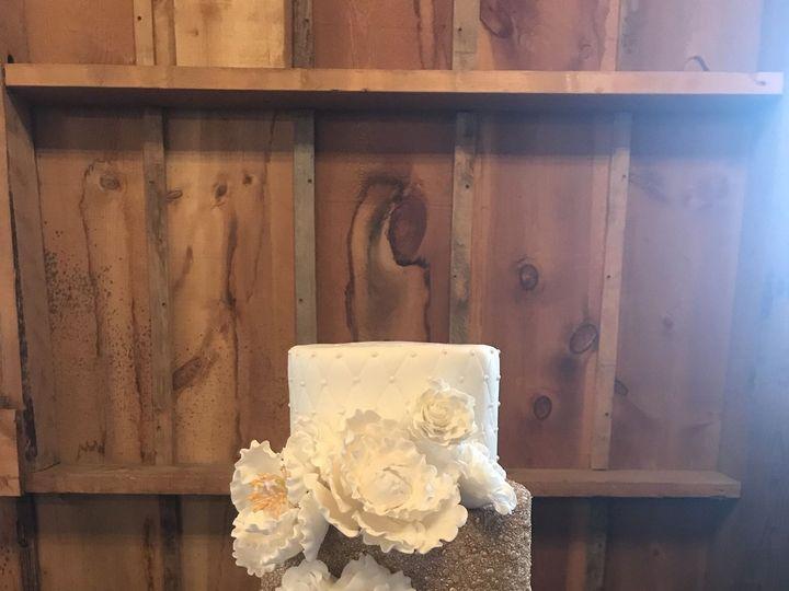 Tmx 1526862556 62e0e8e29d59ac8d 1526862553 E98b7817b61c0928 1526862527883 25 2F607B28 98A7 4CF Lincoln, Nebraska wedding cake