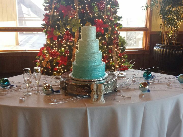 Tmx 1529428919 73a9d389398ca67c 1529428918 9d6e218117b1648a 1529428937546 15 Edited 1449369227 Asheville, North Carolina wedding cake