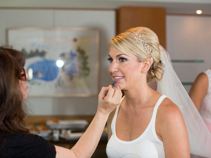 Tmx 0062 51 304353 V1 Downers Grove, Illinois wedding beauty
