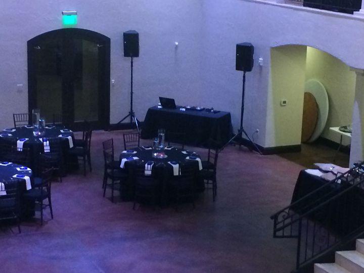 Black table setup
