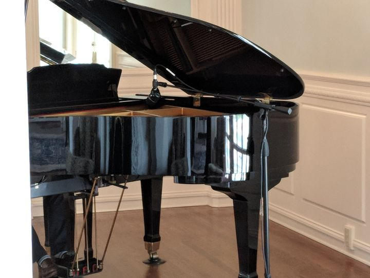 Grand piano mic'ed up