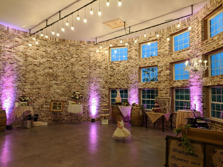 Up-lights at rustic grace estate