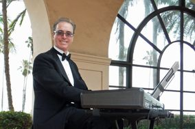 Kevin Fox, Pianist