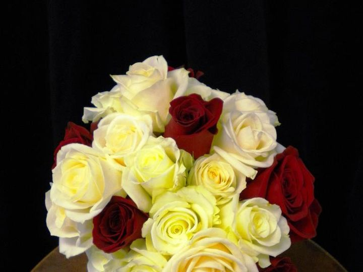 Tmx 1380551016360 9647502961379759928381327326n Muskego, Wisconsin wedding florist