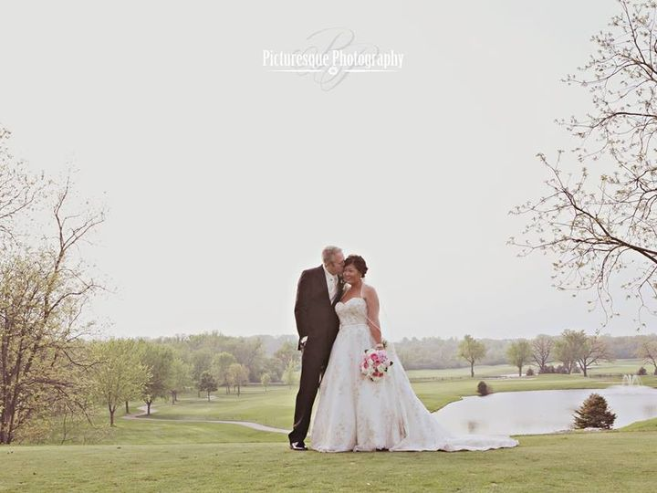Tmx 1435161285838 104177799081775992383027998426935114489569n Muskego, Wisconsin wedding florist