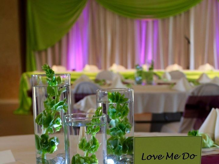 Tmx 1465758376241 120151289670434766850476356027331042138036o Muskego, Wisconsin wedding florist