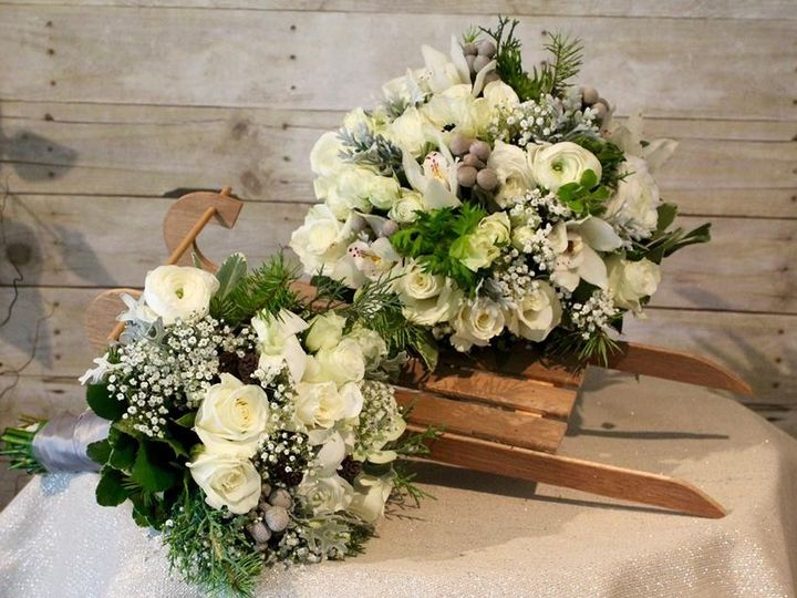 Tmx 1465758412908 12316390998352826887445533141578187453369n Muskego, Wisconsin wedding florist
