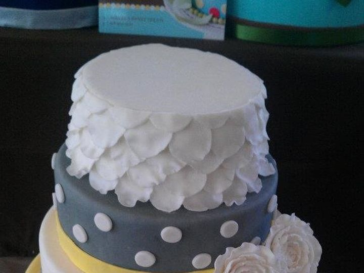 Tmx 1362535421798 432020266334983449264325650999n Columbiaville wedding cake