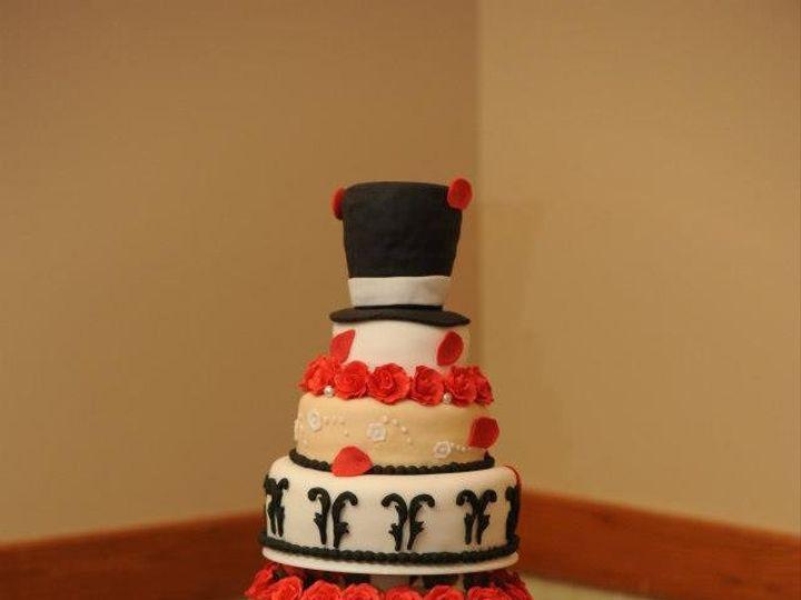 Tmx 1362535479140 1170101513955345511971215732716n Columbiaville wedding cake