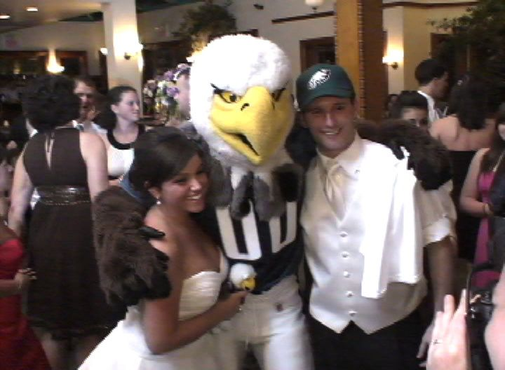 Mascot - Martin's Accent Wedding Videos