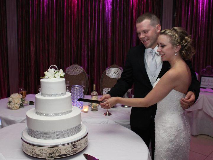 Tmx 1526892979 80017839a3d6b758 1526892977 Bb21117ef63d9f0b 1526892976225 1 1658564 1015333516 Somers wedding dj