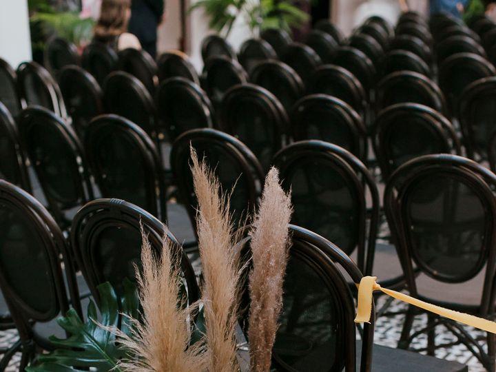 Tmx 2amandaanddaniel Ebellclublbwedding Mirageandlightphotography 129 51 1604453 159078060389420 Riverside, CA wedding florist