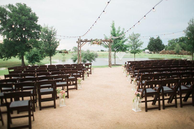 Outdoor wedding aisle