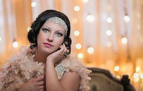 Bride in a roaring 20s getup
