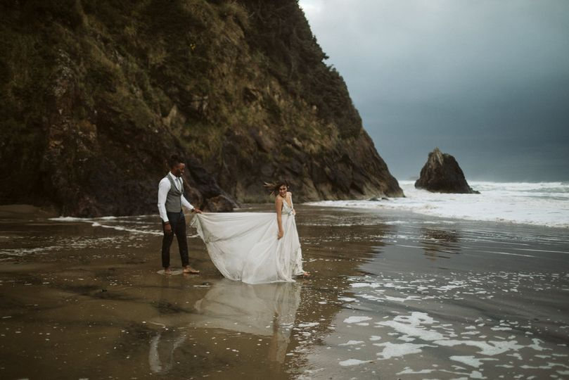 oregon coast elopement 80 51 1029453