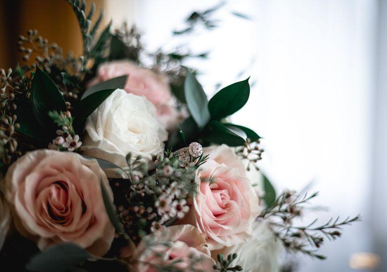katie mike bride prep 25 51 2012553 161230077386363