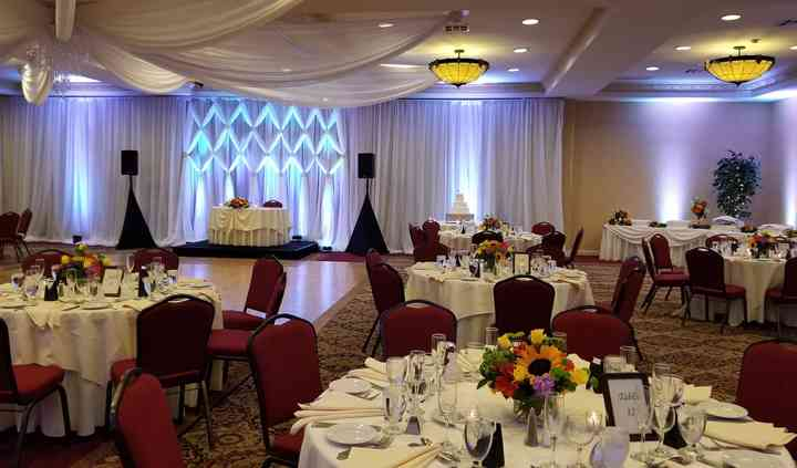 Ayres Hotel Manhattan Beach by Matisse Catering