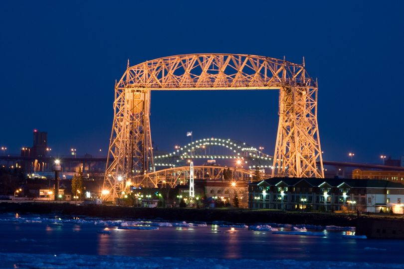 Night view of the Aerial Lift Bridge and Canal Park