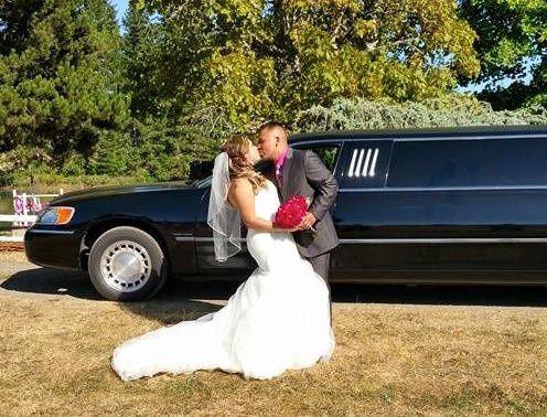 Tmx 1443041243607 116958953799764222057368781699956028764715n Springfield wedding transportation