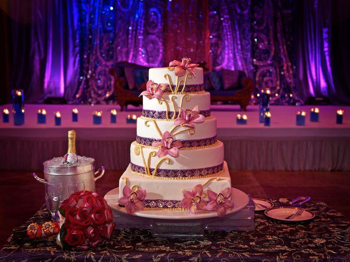 Tmx 1477345293319 Fe4bd24626546cb94e4da39a2398c67ff61194 Seattle wedding dj