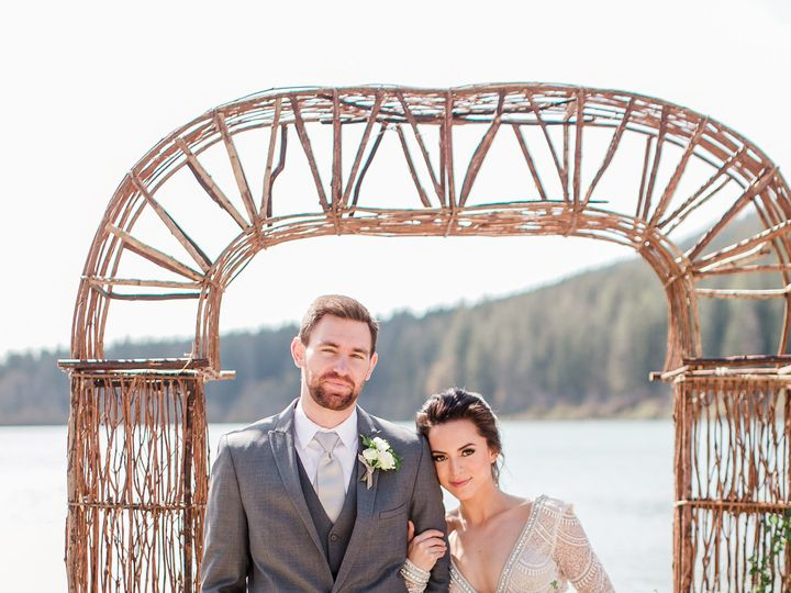 Tmx 1536242520 Db7dc68686d14b35 1536242517 F0c15d21b6a450b1 1536242516402 1 Rattlesnake Style  Arlington, WA wedding planner
