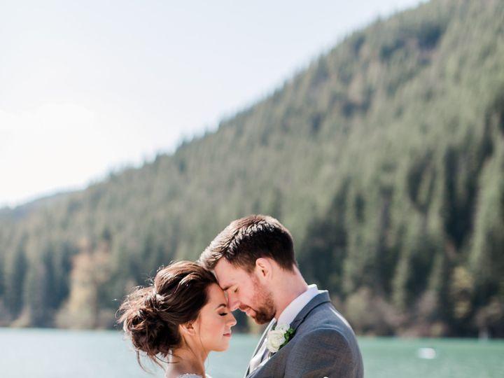 Tmx 1536242538 3cda352d212da5a7 1536242536 Ff7b96610b5bab51 1536242535981 2 Rattlesnake Style  Arlington, WA wedding planner