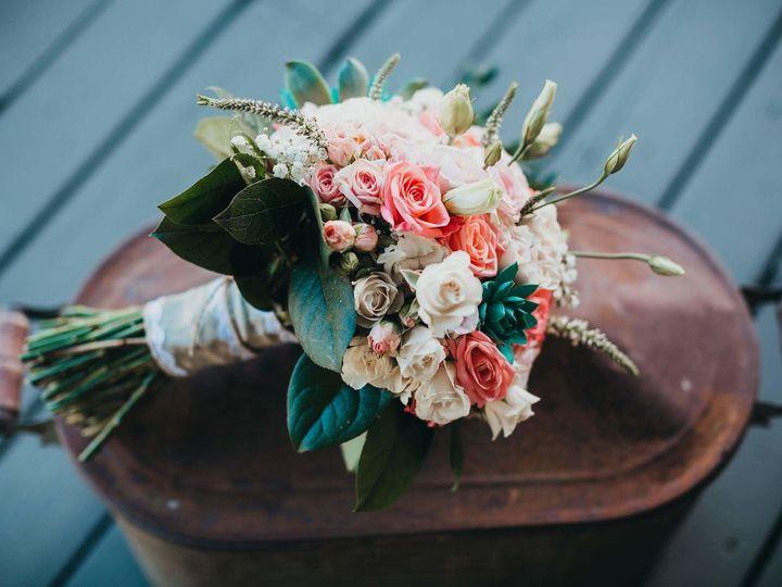 Tmx 1520485395 Aed9703431b4ff7c 1520485394 Ead555417e14688f 1520485387381 26 IMG 3641 Selah wedding florist