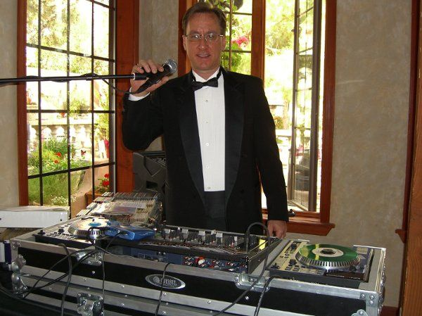 Dapper DJ