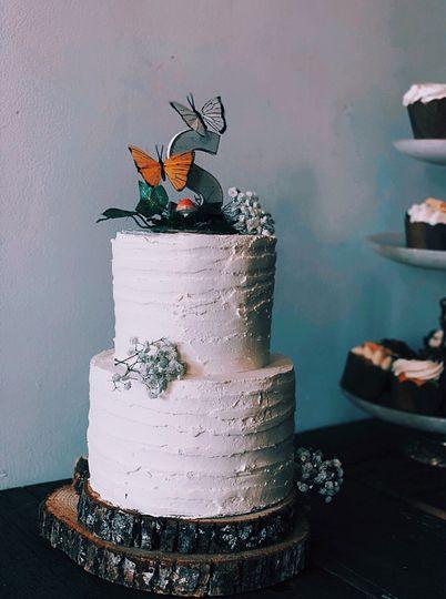 Rustic Reverie wedding cake