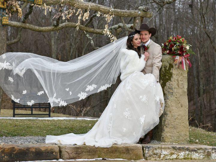 Tmx 1524050145 5ef08f97dea79f22 1524050143 362fefbf0442f090 1524050143674 18 29354754 63573837 Chagrin Falls, OH wedding photography