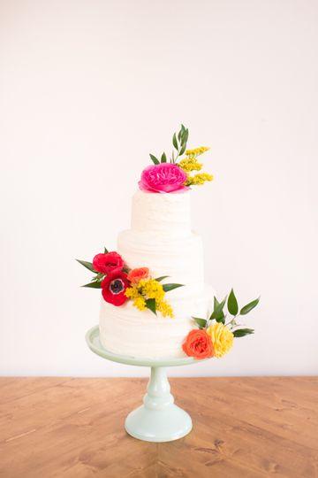 Pecan Palette: Cake Flowers